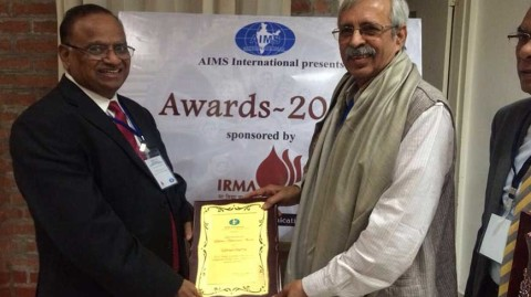 dr-subhash-sharma-receives