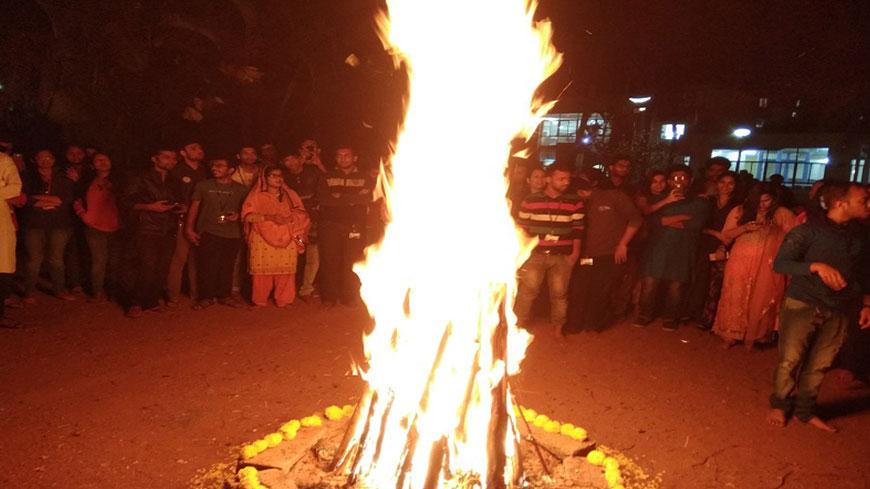 Lohri-&-Makar-Sankranti-2018-featured-image