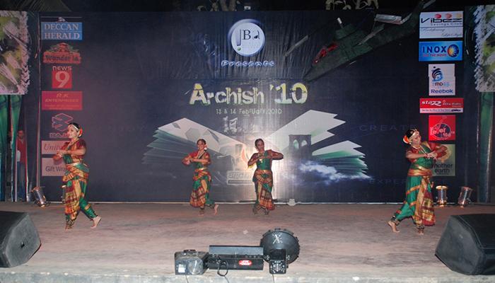 Amphitheater6