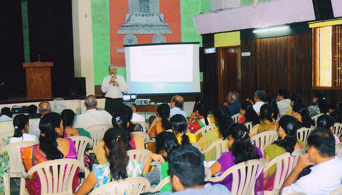 talk-at-Siddaganga_0000_Siddaganga_3